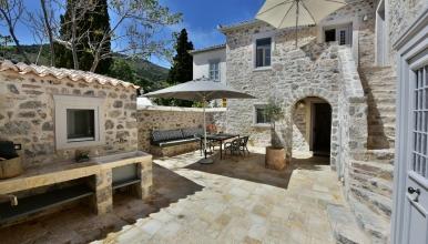 la-maison-de-marie-geraldine-exterior-039